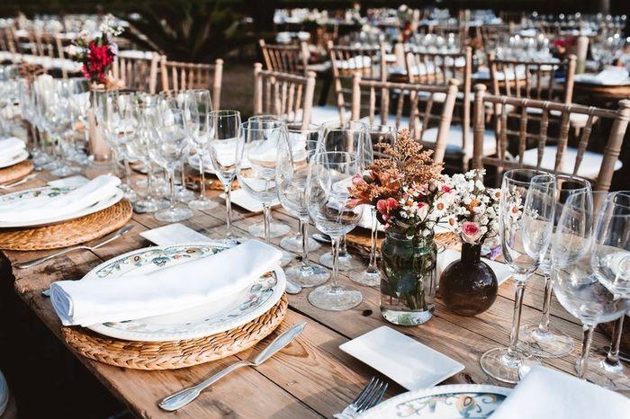 ¿Te gustan las mesas del banquete sin mantel? 1