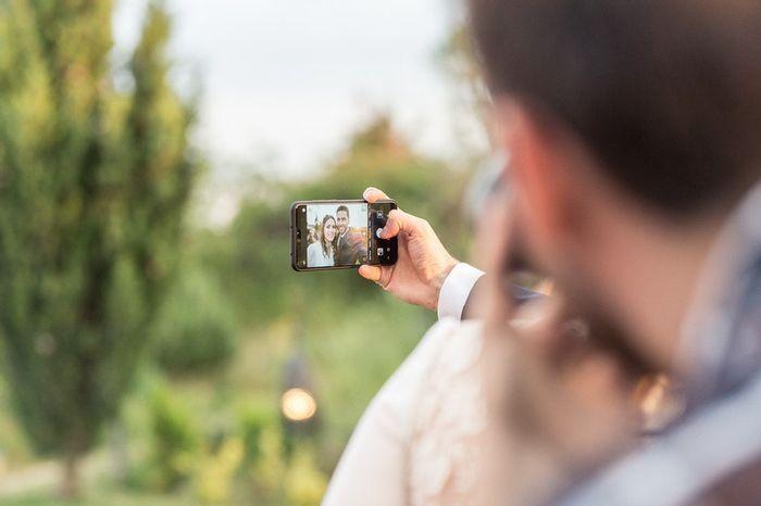 ¿Quién sale siempre mejor en los selfies? 😂 1