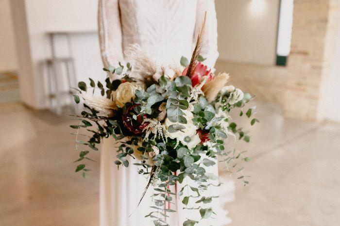 Ramo de eucalipto y tonos blancos, ¿lo compras para tu boda? 🌿 1