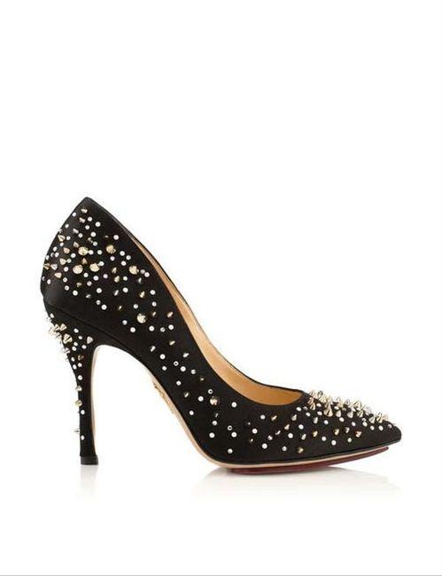 Zapatos de fiesta con tachuelas... 1