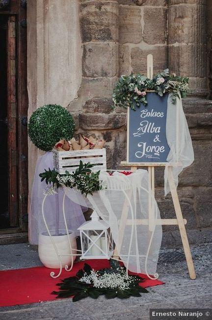 Cartel de bienvenida, ¡no puede faltar en tu boda! - Mira estas 7 ideas 😉 7