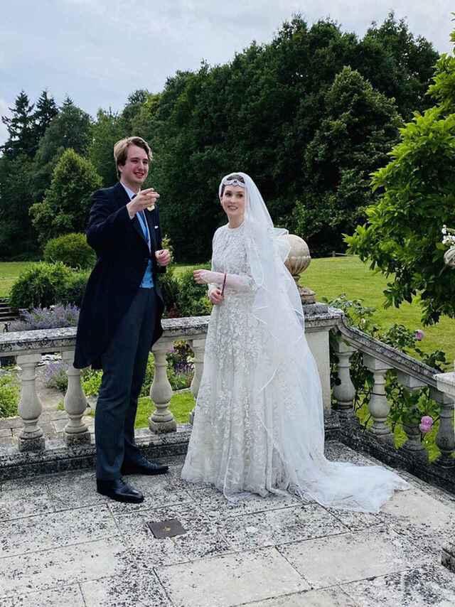 La princesa Raiyah de Jordania se ha casado con el británico Ned Donovan. - 1