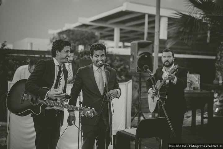 ¿Tendréis grupo tocando en directo en la boda? 🎸 - 1