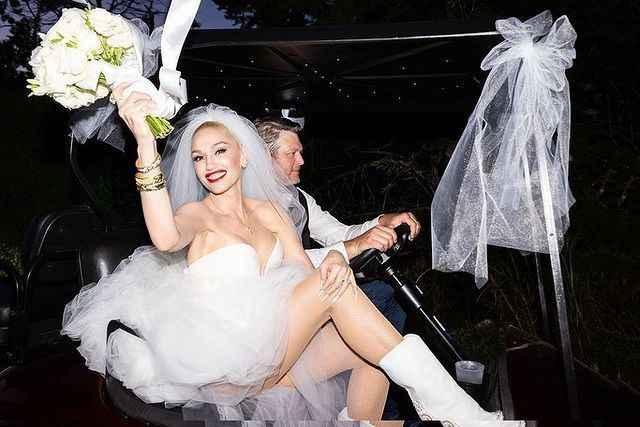 ¡Muchas felicidades a Gwen Stefani y Blake Shelton! 💍 - 6