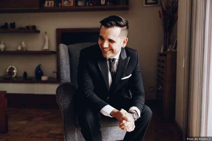 ¡Vota este look de novio! - 1