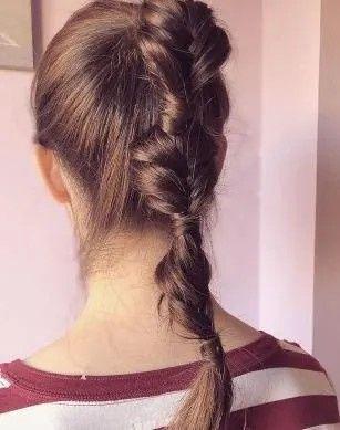 ¿Qué peinado encaja mejor con tu vestido? 👗 1