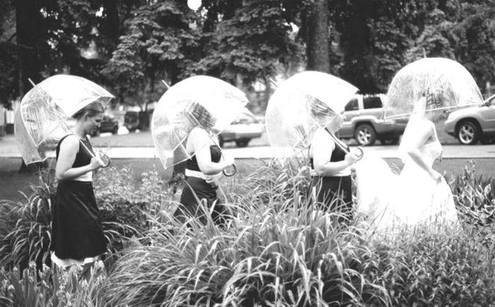 estos son los paraguas q m interesan..van con todo y los invitados pueden ver todo