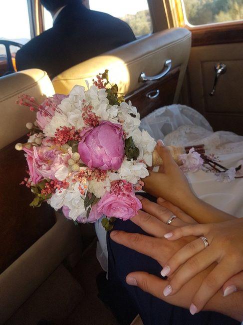 Ramo con flores de porcelana - 1