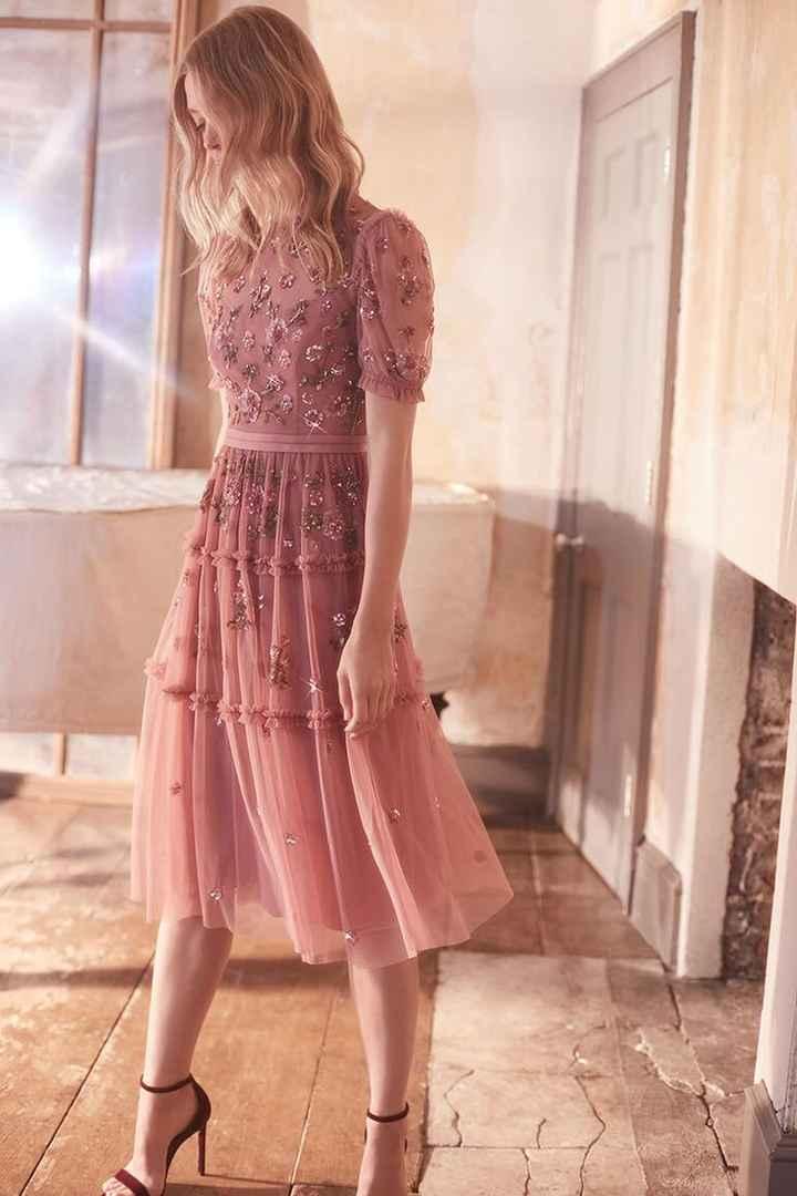 Vestidos de invitada en rosa, ¿cuál eliges? 4
