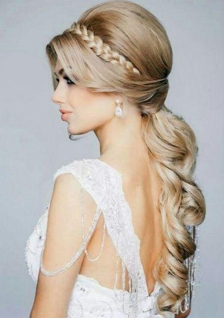 Peinados para fiesta con vestido escotado