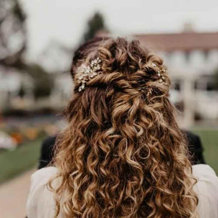 Elegir peinado para una Curly - 5
