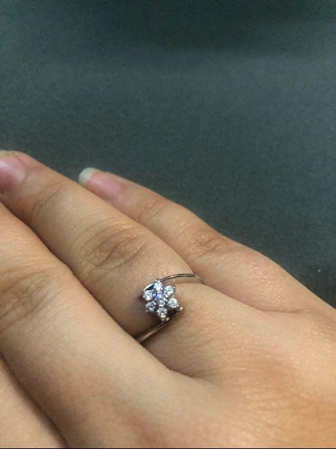 ¡Comparte una foto de tu anillo de pedida! 💍 24