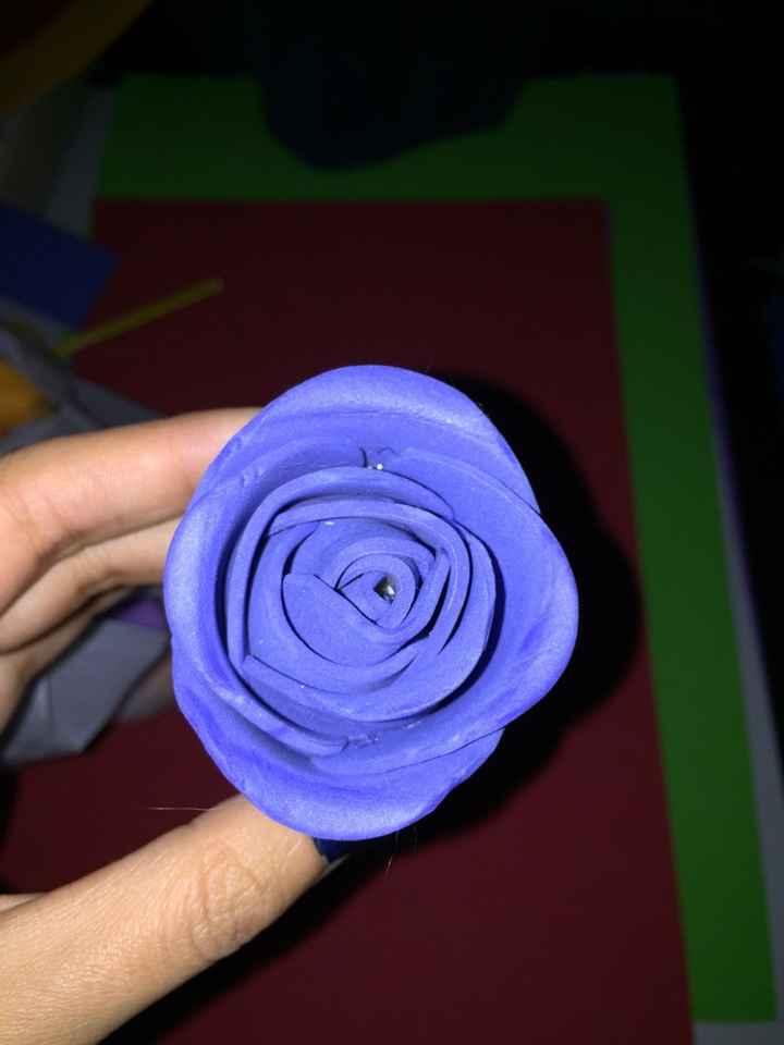 Intento de rosas de goma eva - 1