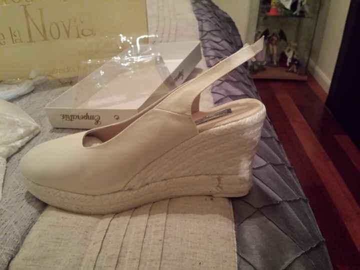 Mis zapatos y la ropa interior - 1