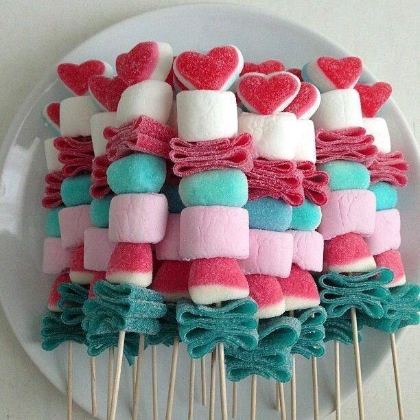 Cómo presentar las chuches en mesas dulces 4