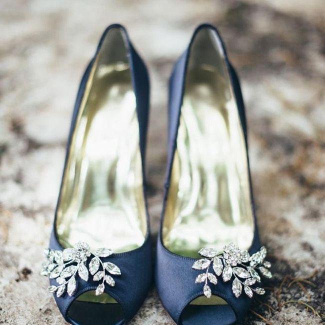 Y los zapatos para esa boda navideña? 8