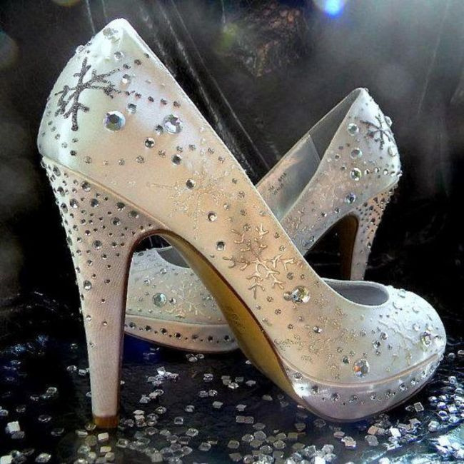 Y los zapatos para esa boda navideña? 11