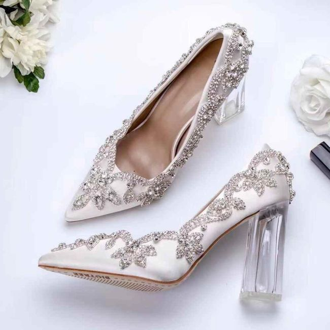 Y los zapatos para esa boda navideña? 19
