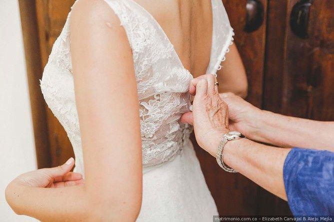 ¿Cuántos vestidos de novia te has probado? 1