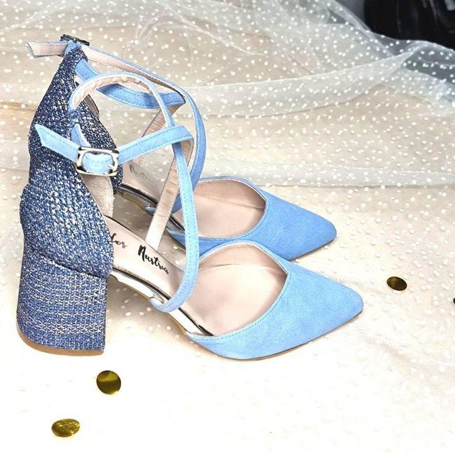 Sos zapatos azules 3