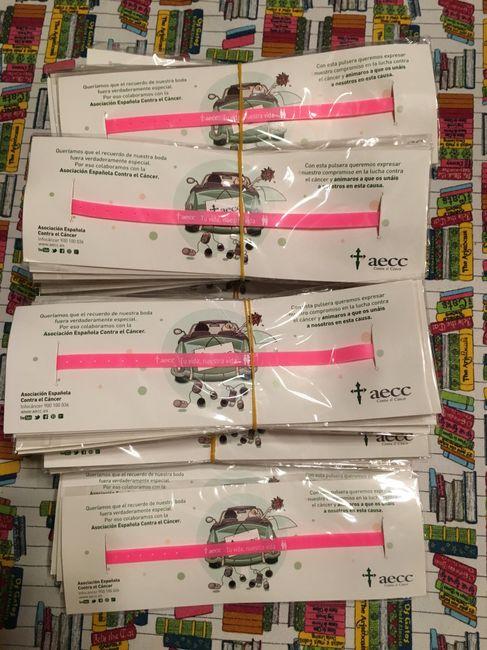 50af6ec51845 Regalo solidario mujeres - Pulseras aecc - Manualidades - Foro Bodas.net