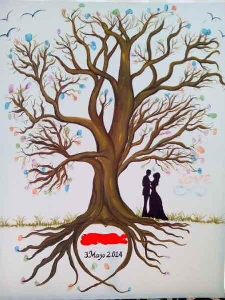 Árbol de huellas despues de la boda - 1