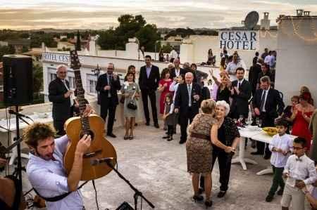 Lecirke tgn en directo. Música del aperitivo. by Victor Lax