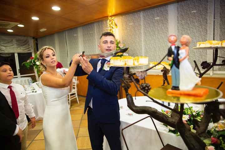 Cortar la tarta de boda, sí o no - 1