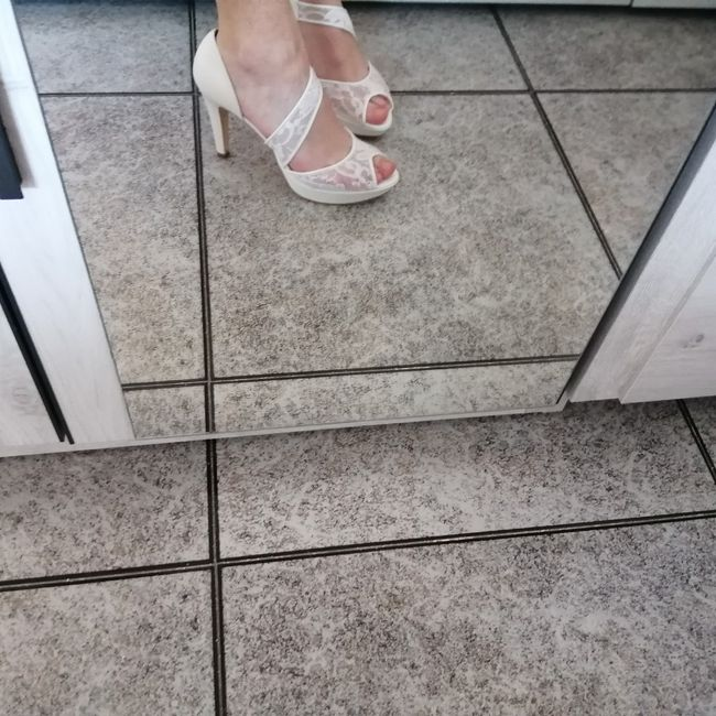 ¿Zapatos de novia clásicos o atrevidos? 1