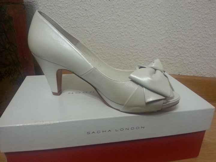 Zapatos feos tacon medio - 1