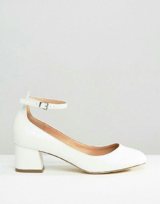 zapatos blancos para vestido color champagne - moda nupcial - foro