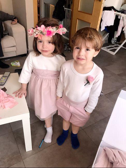 Vestido o trajes para tus hijos o pajes de boda 8