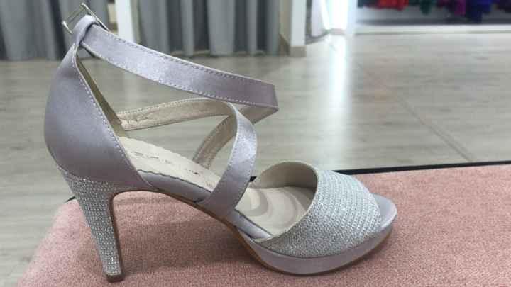 Zapatos en Rosa Clara Valencia - 1
