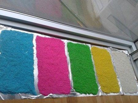 Arroz de colores con papel pinocho