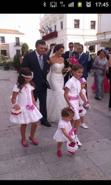 Club de las bodas en blanco y fucsia - 2