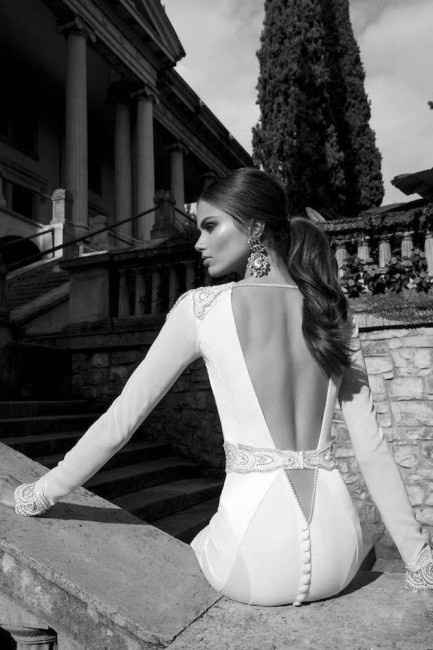 Vestidos de novia con espalda descubierta. - 1