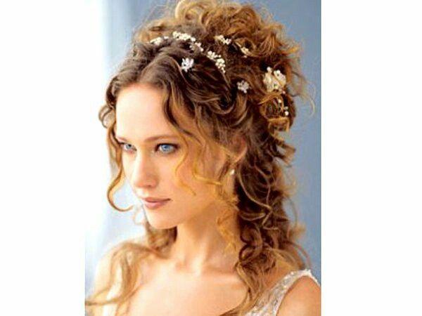 Peinados para novias pelo rizado