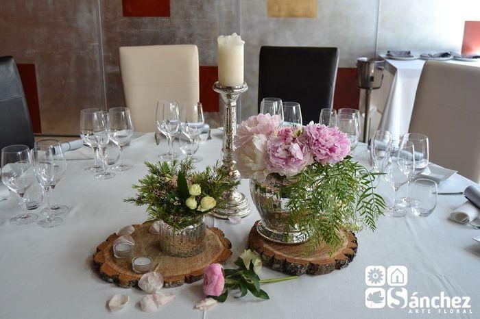 Centro mesa rodaja de madera organizar una boda foro - Decorar centro de mesa ...