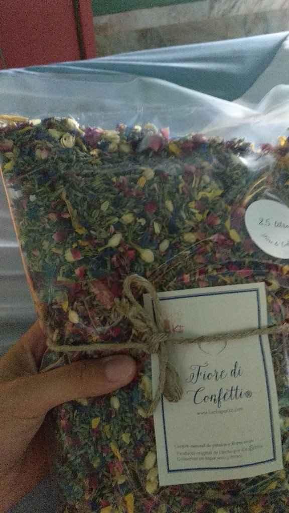Conos para confeti de flores secas - 1