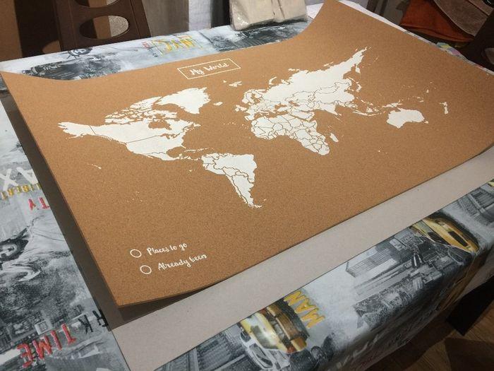Soporte de cartón rígido para el mapa de corcho