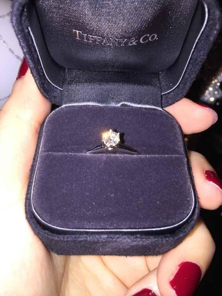 Vuestro anillo de prometida - 1