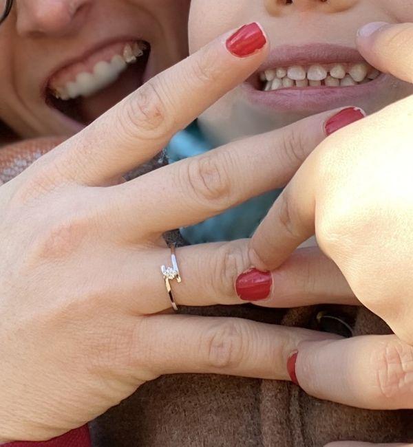 Pongamos todas nuestro anillo de compromiso 21