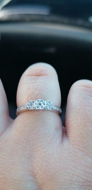 Pongamos foto de nuestros anillos de compromiso 5