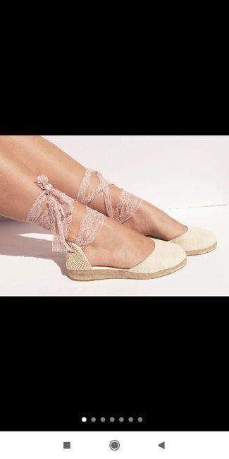 Zapatos planos o con muy poco tacón 7