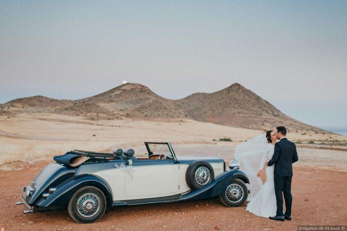 2 bodas, 2 coches. ¿Cuál prefieres? 2