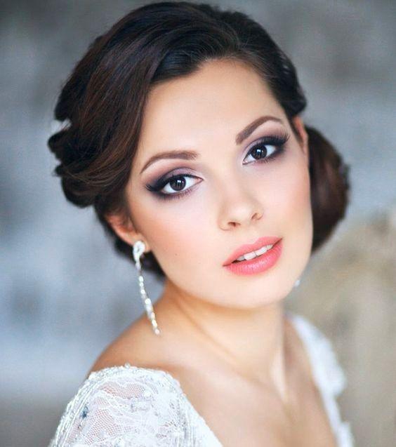 B. Maquillaje