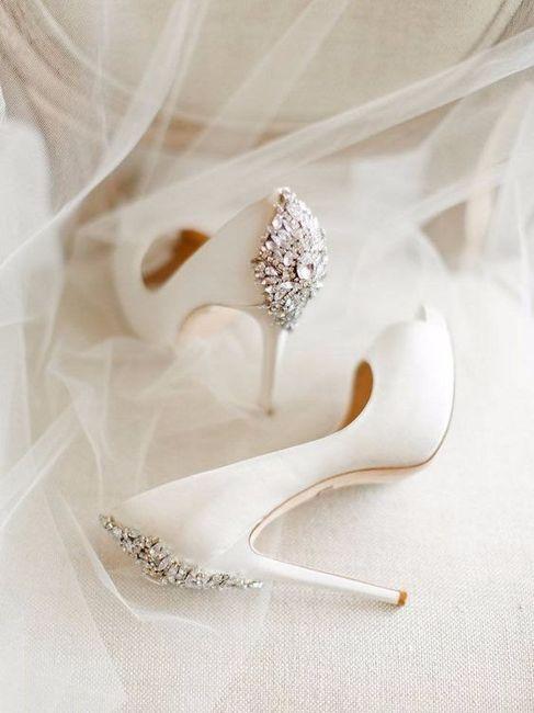 6) Zapatos