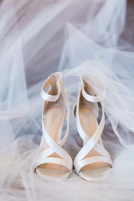 9) Zapatos