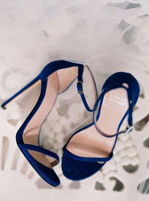 11) Zapatos