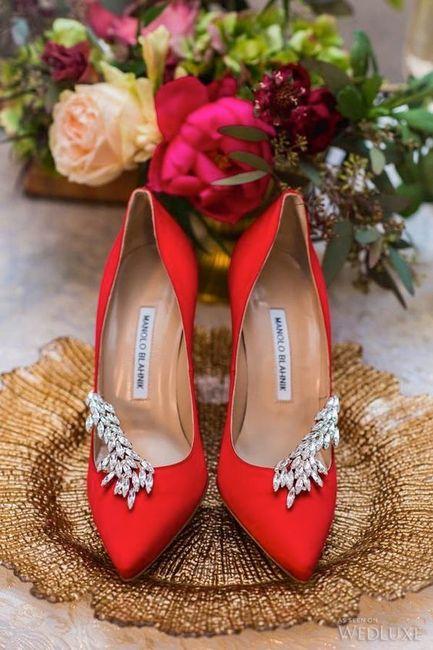 13) Zapatos